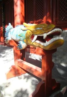 法源寺一角龙形木雕图片