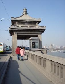 武汉长江大桥桥堡图片