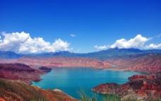 红山湖泊图片