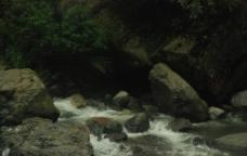 峨嵋山 溪水图片