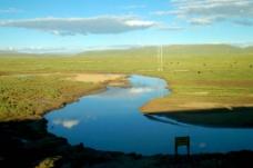 草原大河图片