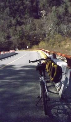单车背包独自旅行图片