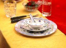 盘碗与汤匙