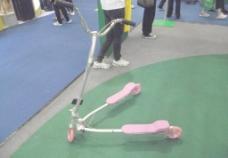 玩具三轮车图片