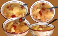 苹果红枣银耳汤图片